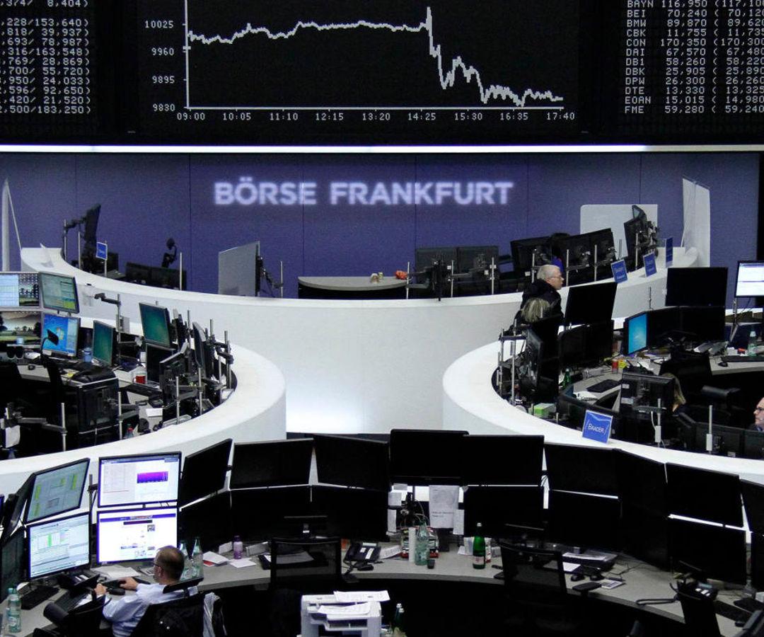 Las acciones europeas caen; inquietud por Brexit y covid-19 contrarresta resultados