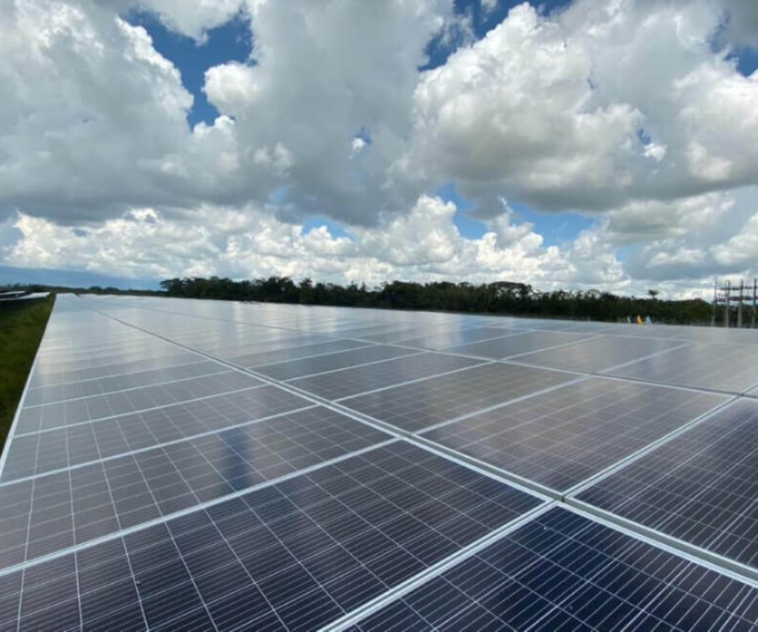 Smurfit Kappa y Celsia esperan reducir la emisión de CO₂ con sus paneles solares