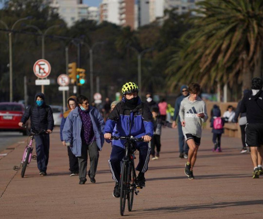 La economía uruguaya presentó una caída de 11% durante el trimestre más duro por la pandemia