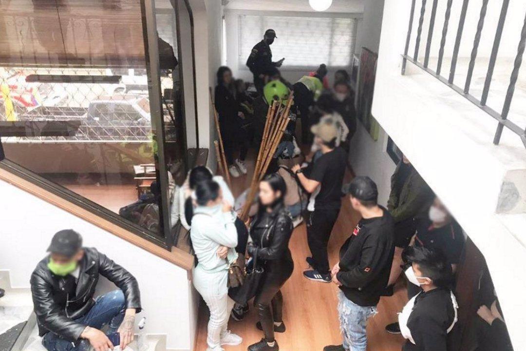 La Policía detiene fiesta clandestina en Bogotá durante la ...
