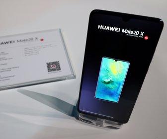 7f586f6c73a Huawei mejoró el procesador en su nueva línea de celulares, Mate 20