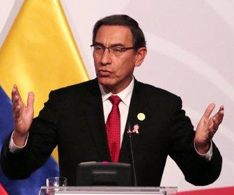 Perú: Presidente Vizcarra se afianza en el poder en medio de crisis